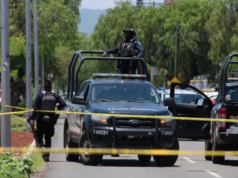 Enfrentamiento entre autoridades y hombres armados deja 4 muertos