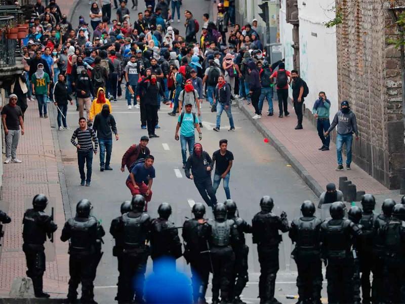 Enfrentamientos en Ecuador por alza de combustible
