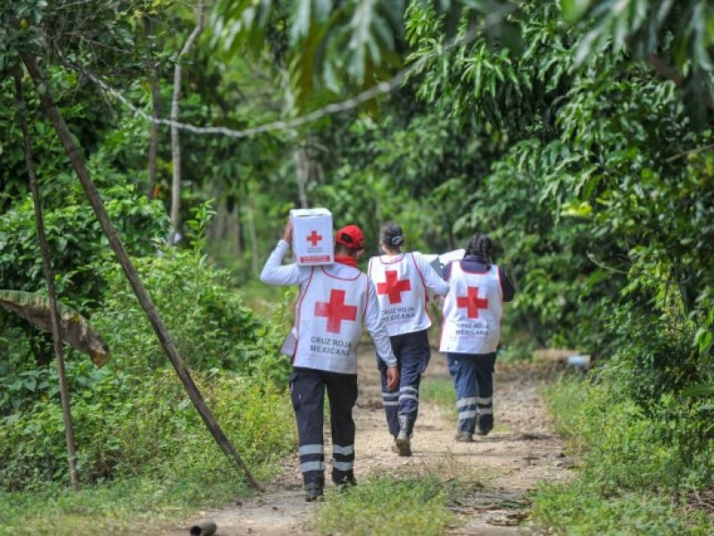 Entrega Cruz Roja mexicana ayuda humanitaria en la región Selva