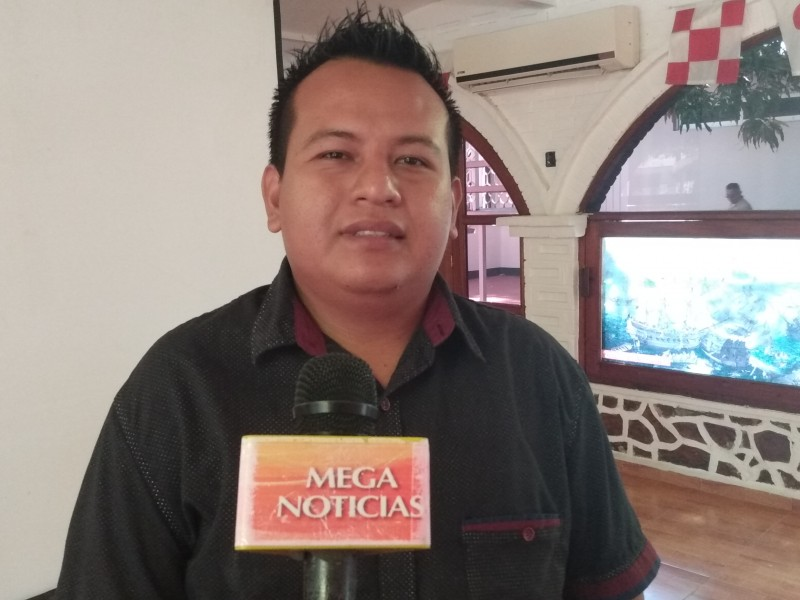 Entrega de Becas Básicas para las Familias SalinaCruz