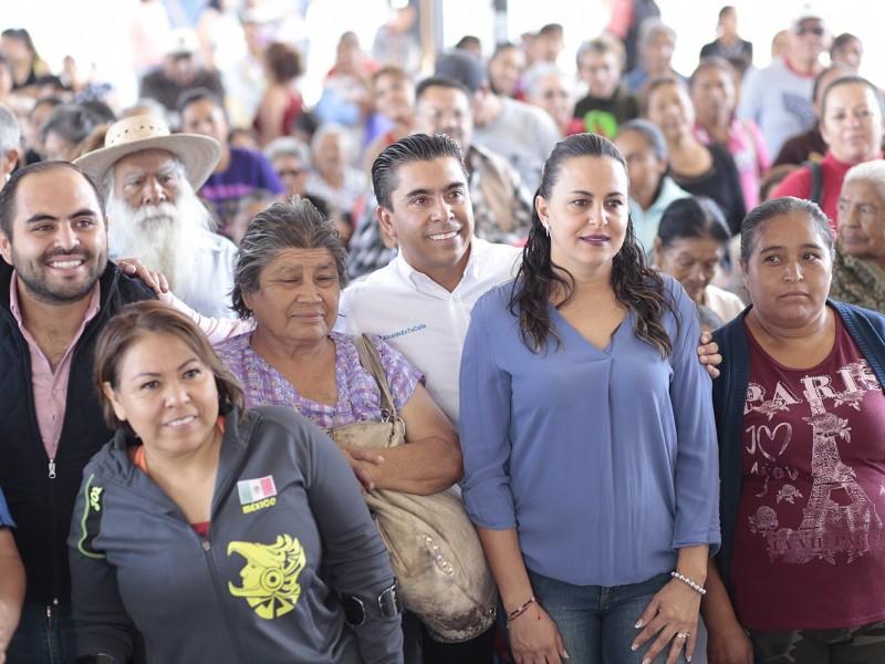 Entrega DIF de Corregidora apoyos alimentarios