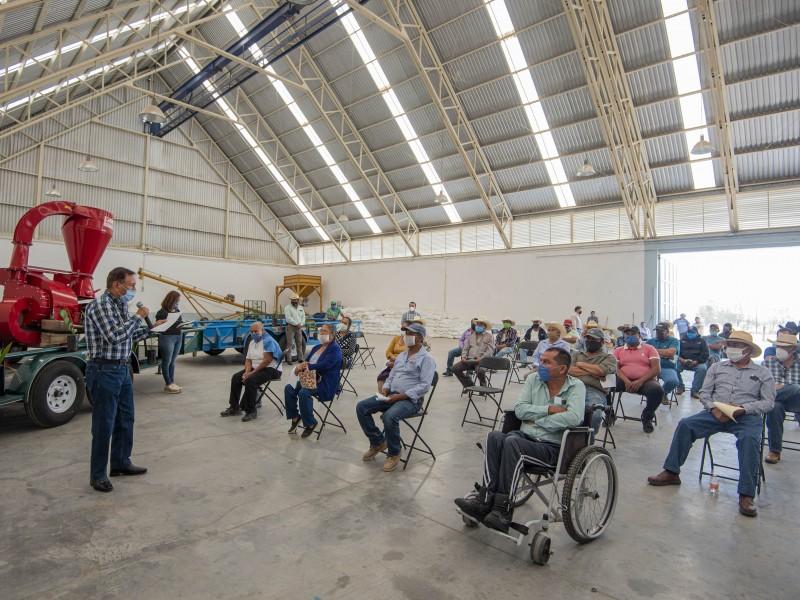 Entrega El Marqués apoyos del Programa Subsidios a la Producción