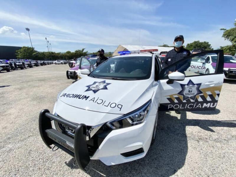 Entrega Gobierno del Estado y SESNSP equipamiento a policías