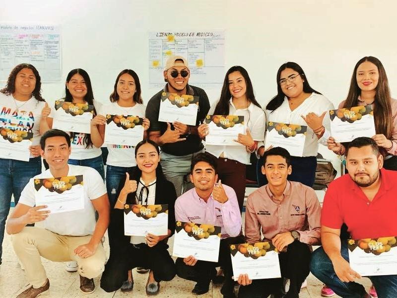 Entrega ITG reconocimiento a estudiantes