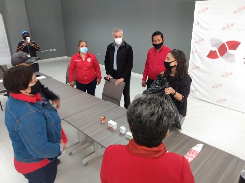 Entrega Mesa de Salud apoyos médicos a comunidades rurales