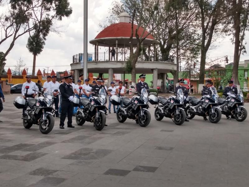 Entrega presidente de Zinacantepec diez motopatrullas