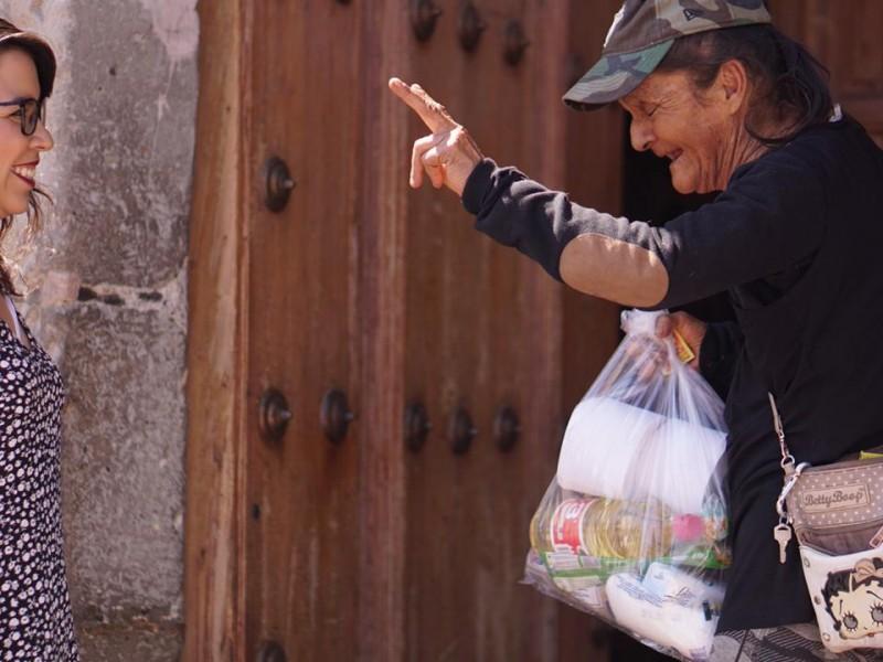 Entregan 2400 despensas a familias vulnerables