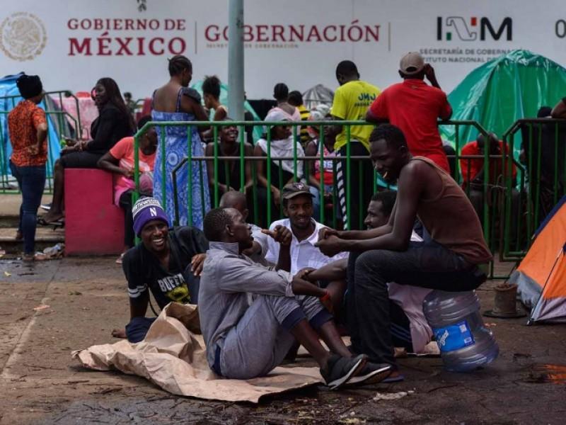 Entregan a africanos primeras visas permanentes en Chiapas