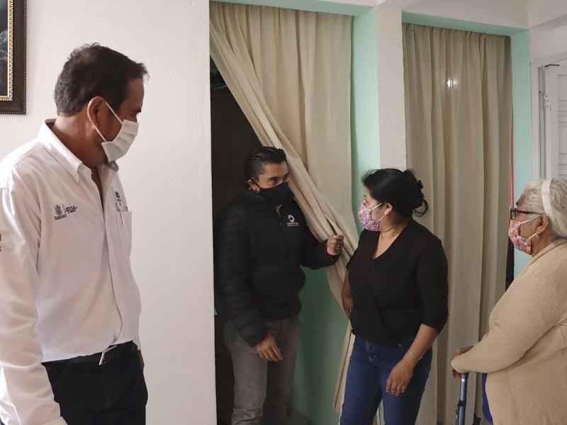 Entregan apoyos de vivienda en Corregidora