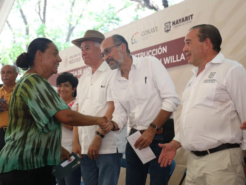 Entregan apoyos para reconstrucción de viviendas