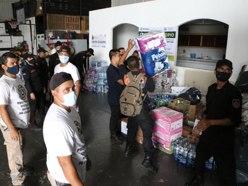Entregan ayuda humanitaria a familias damnificadas por lluvias