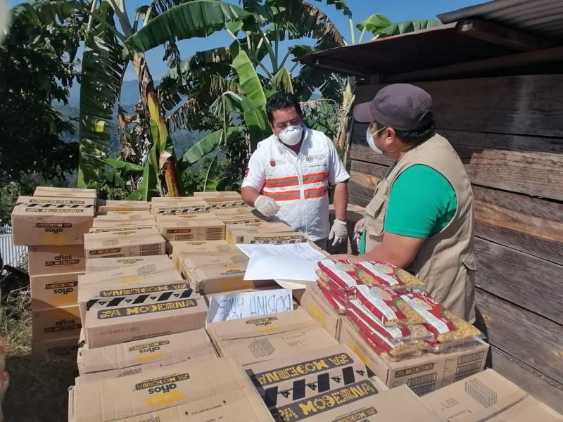 Entregan ayuda humanitaria a personas desplazadas en Chiapas