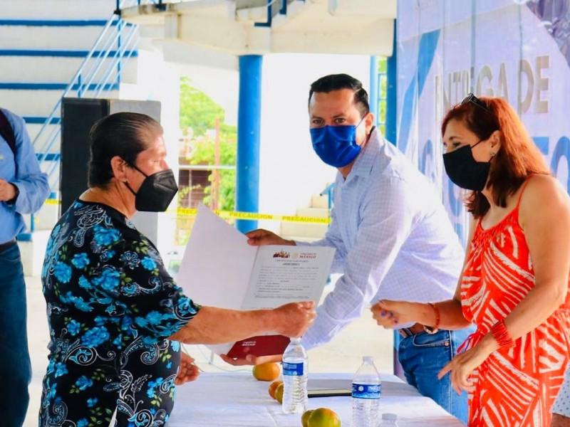 Entregan certificados parcelarios en Álamo