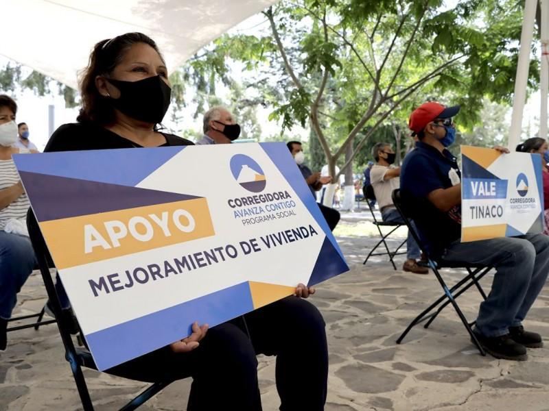 Entregan en Corregidora apoyos para vivienda