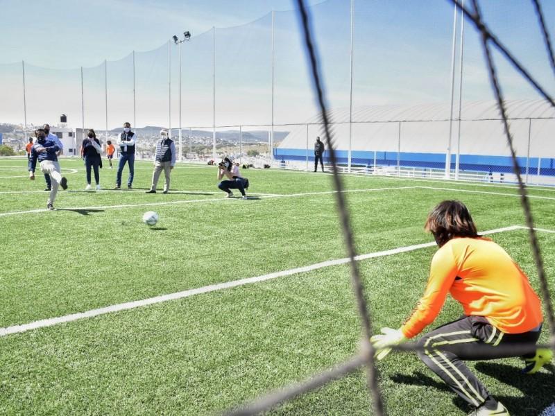 Entregan infraestructura deportiva en Corregidora