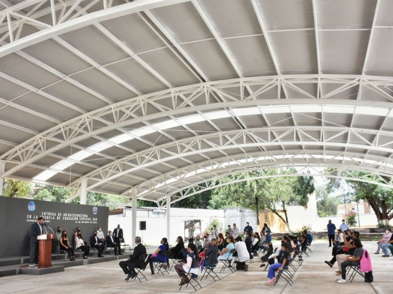 Entregan infraestructura educativa en Centro de Atención Múltiple de Corregidora