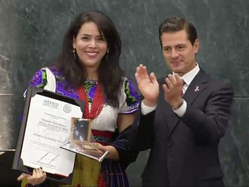 Entregan premio nacional de Juventud a joven piedadense