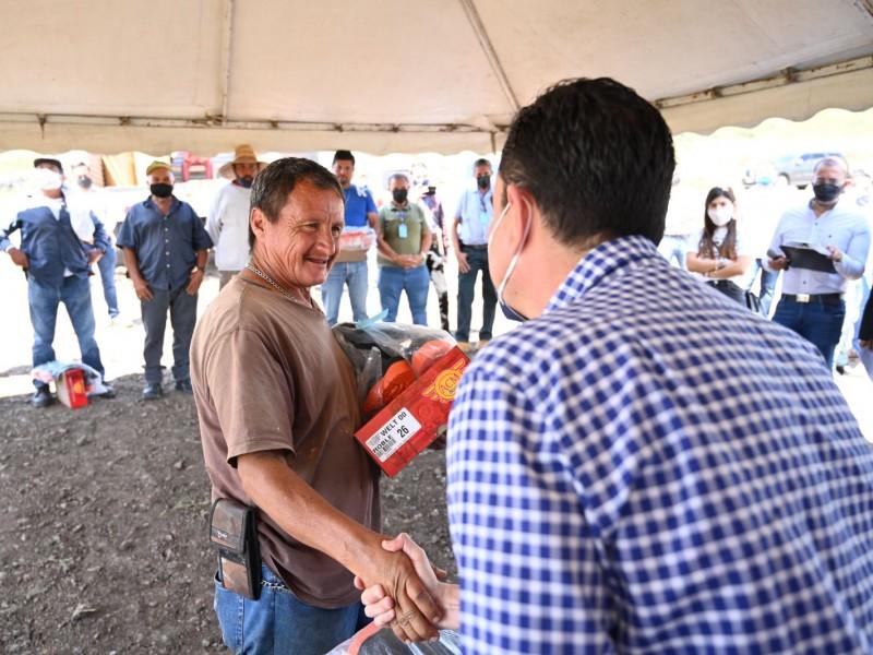 Entregan uniformes a trabajadores del Relleno Sanitario de Zamora