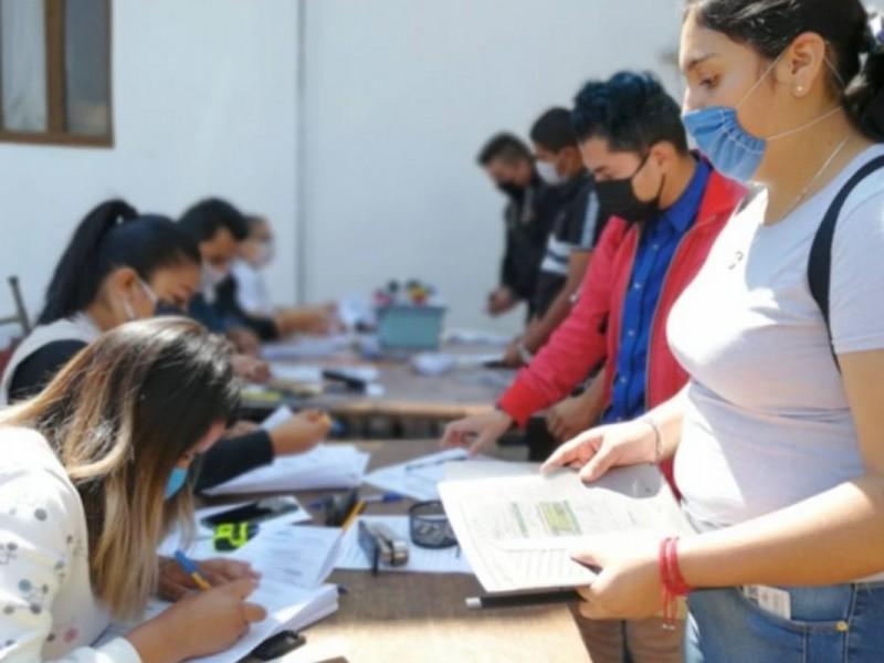 Entregarán becas rezagadas a estudiantes de nivel superior en Juchitán