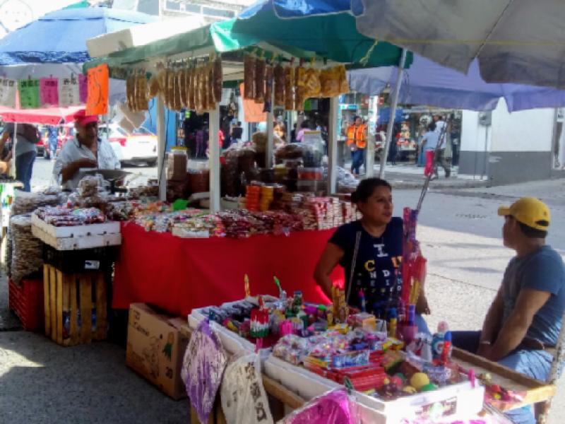 Entregarán permisos a comerciantes informales por temporada decembrina