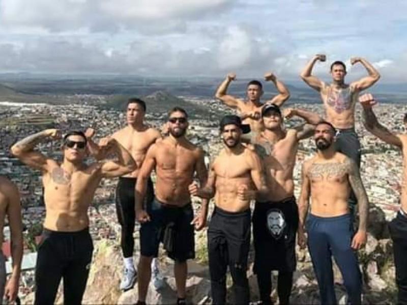 Entrenan luchadores de la UFC en Zacatecas