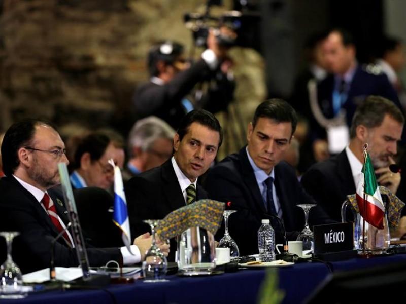 EPN urge a sumarse al pacto de migración