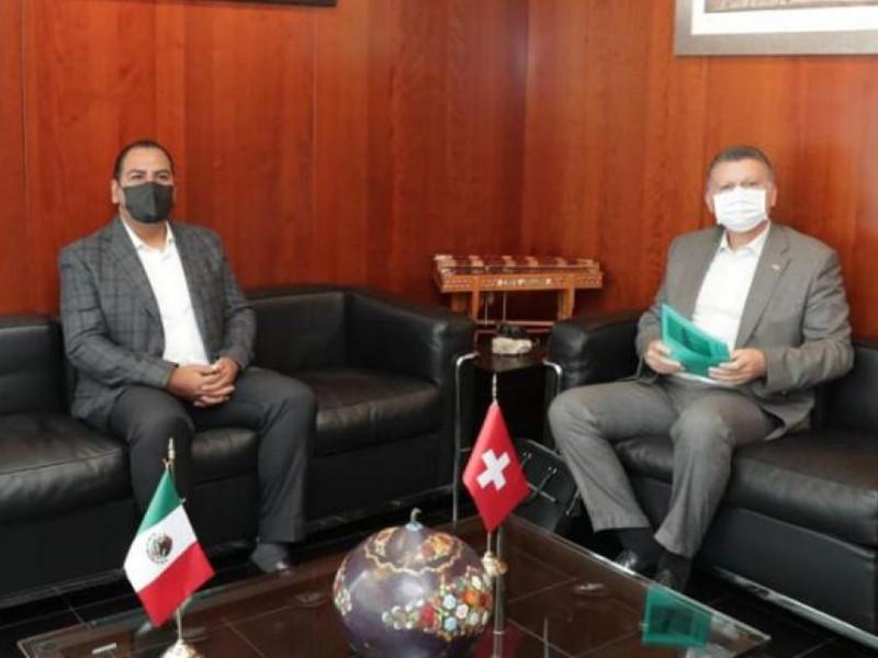 ERA se reúne con embajador de Suiza