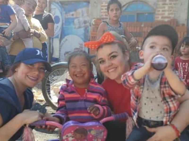 Erika Velarde, 15 años regalando sonrisas a niños zamoranos