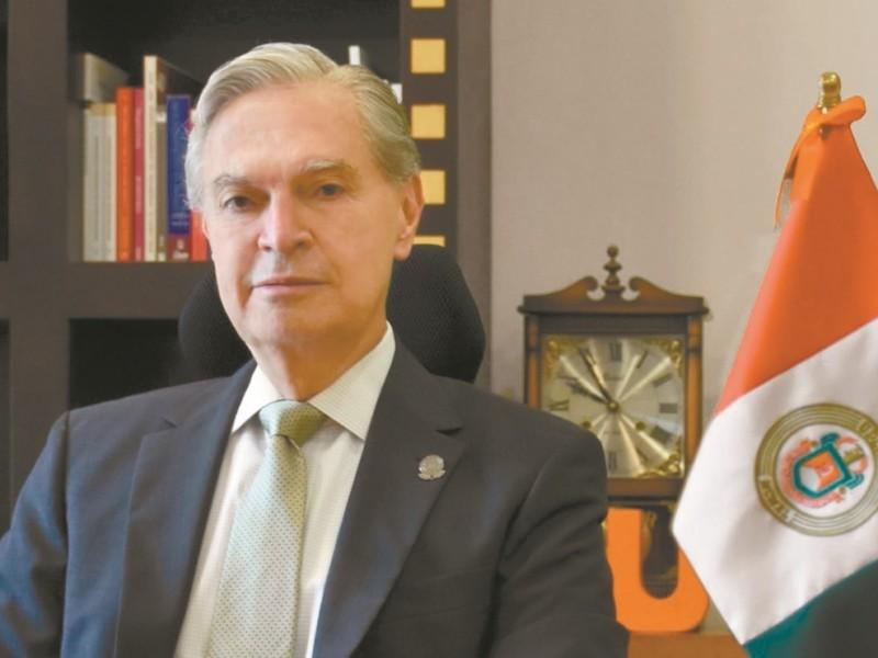 Ernesto Derbez vuelve a ser el rector de UDLAP
