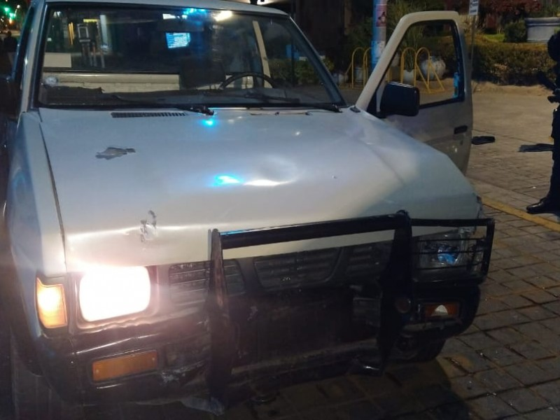 Detenido por daños en Plaza Bicentenario tras persecución.
