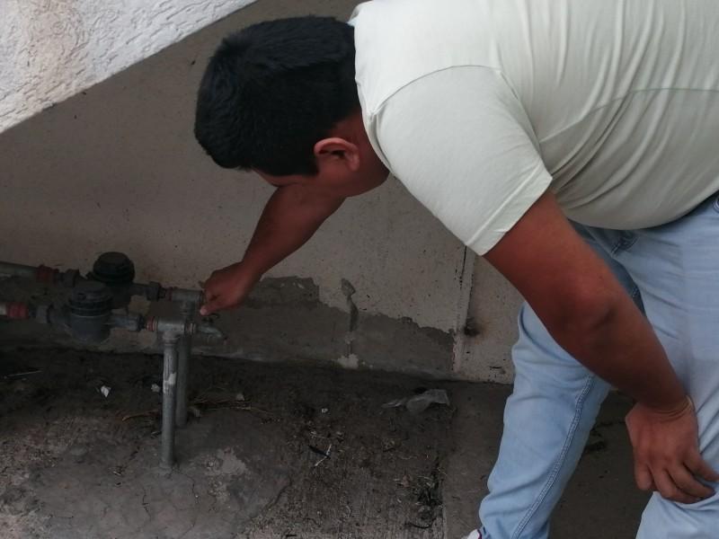 Escasez de agua afecta en pandemia a fraccionamiento Los Cántaros