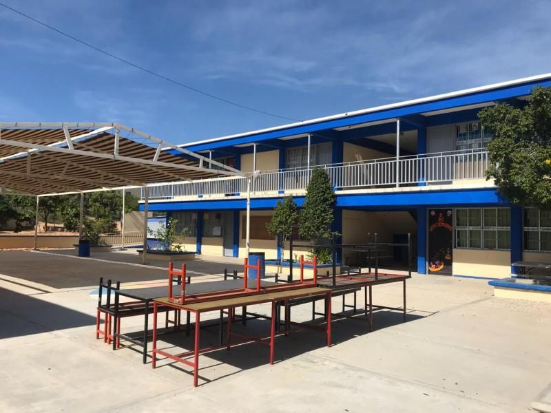 Escuela Bicentenario desaparece del programa tiempo completo