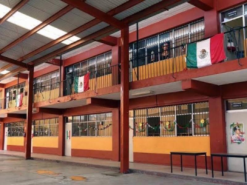 Escuelas de Coahuila se convertirán en centros de vacunación