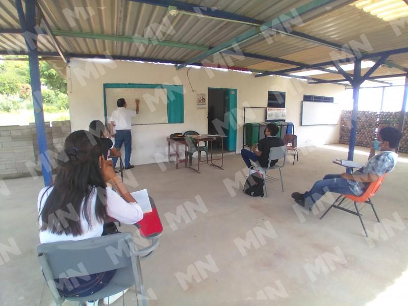Escuelas de la sección 59 implementan asesorías presenciales