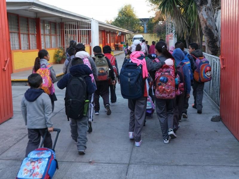 Escuelas de Tiempo Completo sufren cambios pero no desaparecen