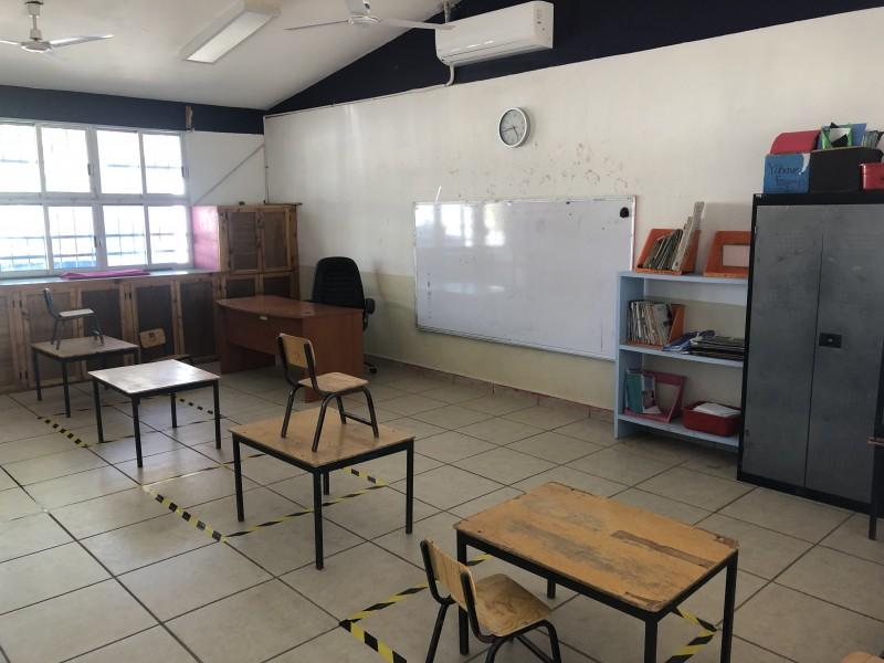 Escuelas del municipio continúan sin tener clases presenciales