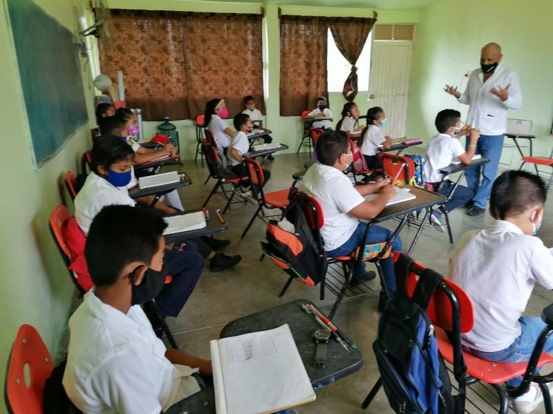 Escuelas rurales retornaron a clases presenciales; urbanas siguen valorando condiciones