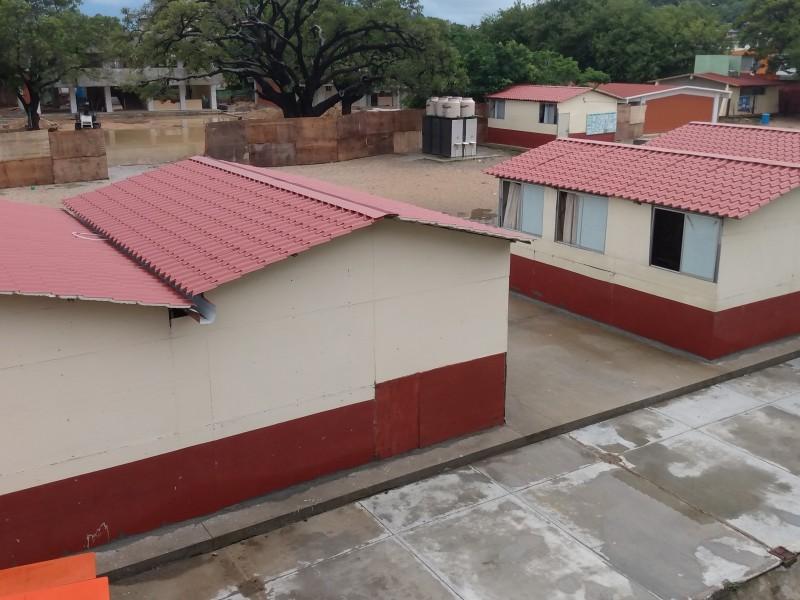 Escuelas suspenden clases por lluvias en Salina Cruz