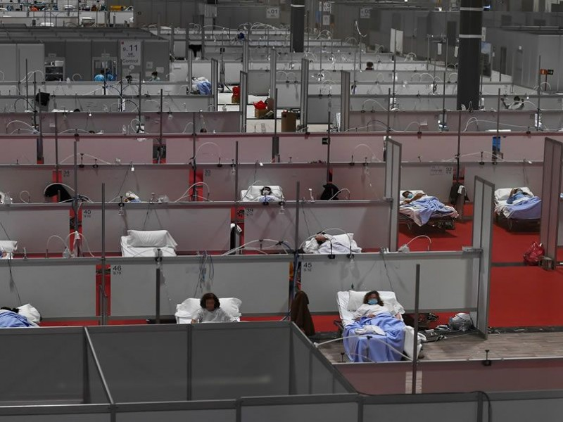 España registra récord Covid-19 con más de 15 mil casos