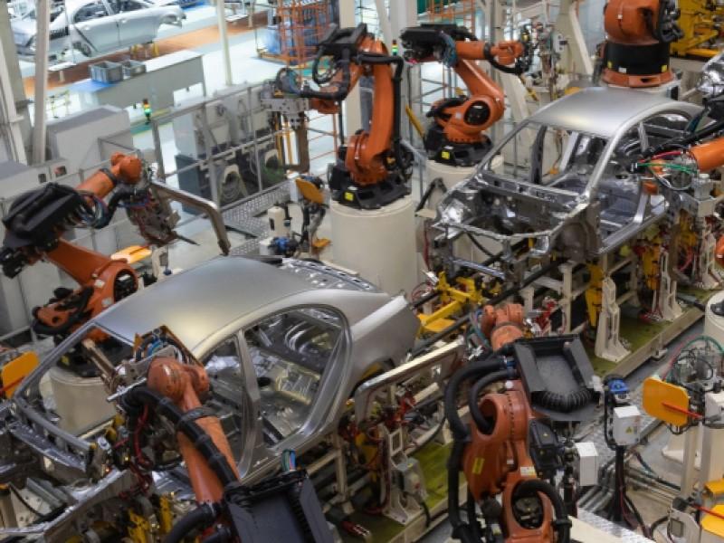 Esperan trabajadores protocolos contra COVID-19 para reabrir industria automotriz