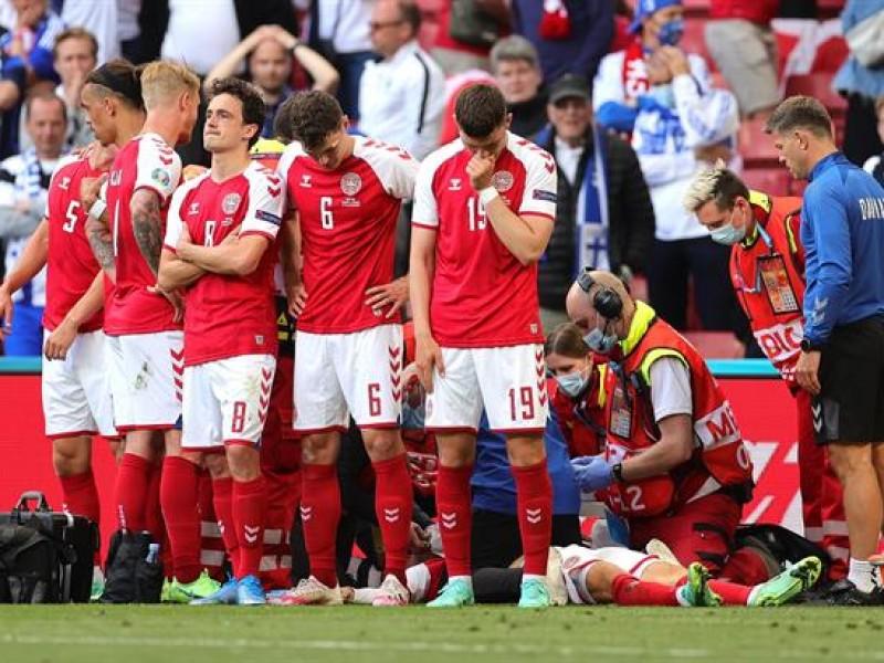 Estable jugador danés desvanecido en pleno partido