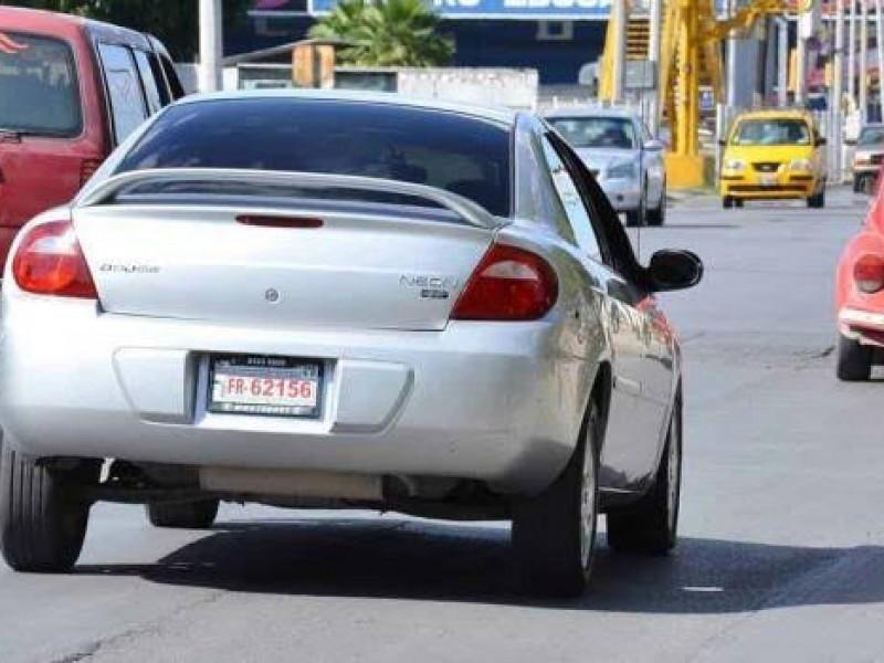 Estado analiza detalles para regularizar carros
