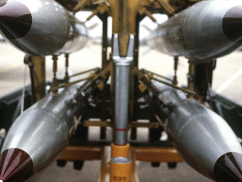 Estados Unidos aprueba multimillonario proyecto de armas nucleares