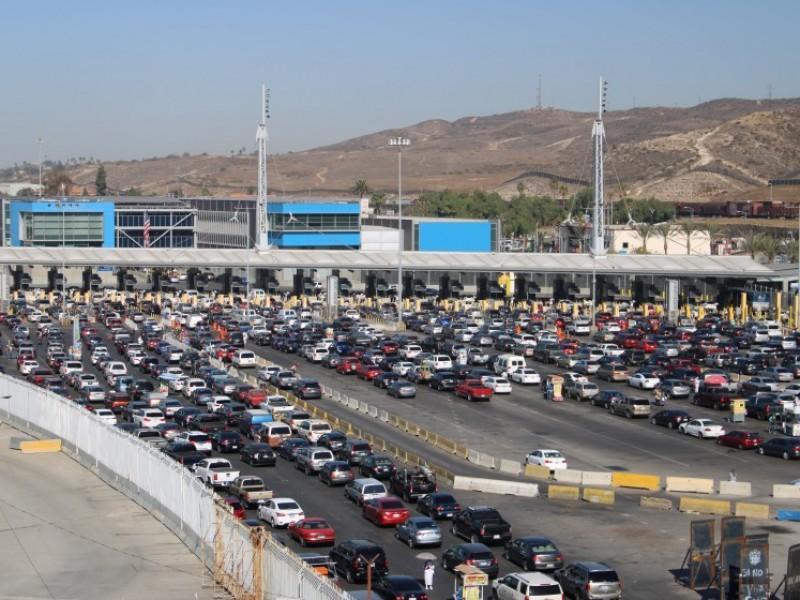 Estados Unidos extiende cierre de frontera con México