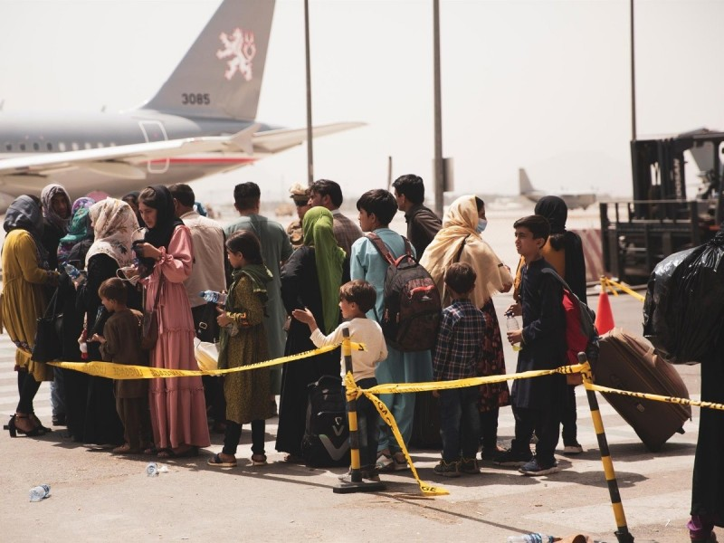 Estados Unidos teme ataque terrorista en aeropuerto de Kabul