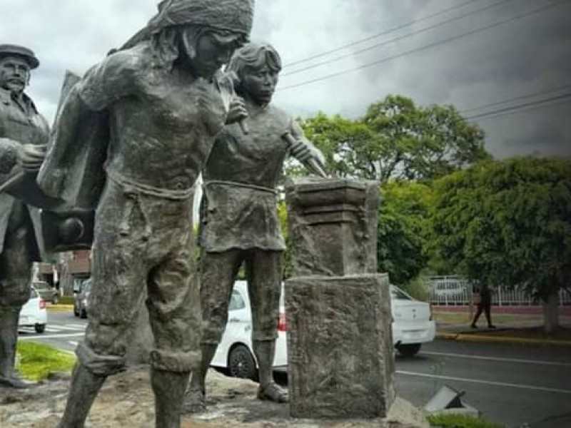 Este domingo realizarán consulta para reubicar escultura de