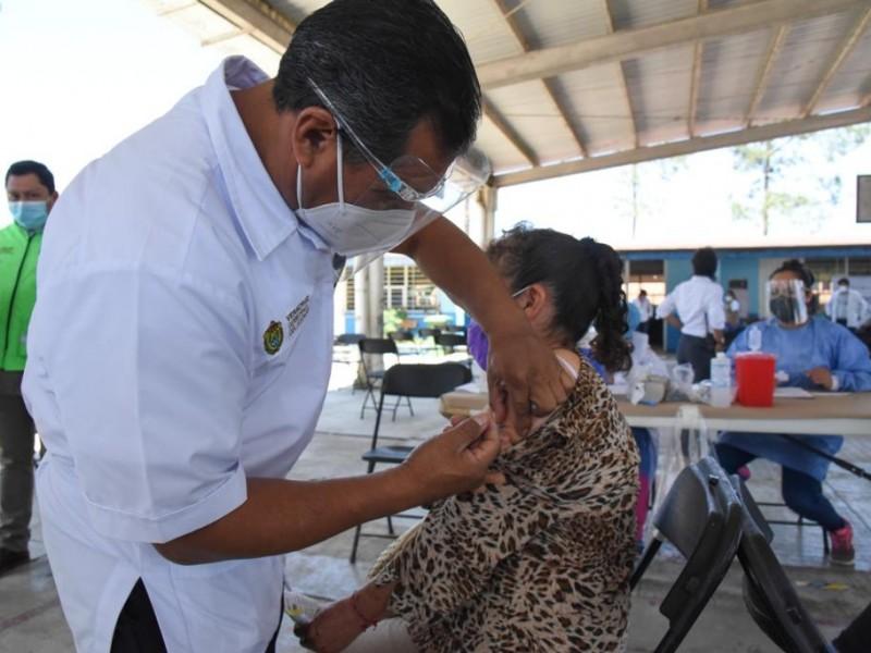 Este lunes, inicia vacunación de adultos mayores en Poza Rica
