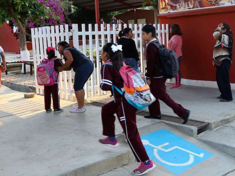 Este lunes reanudarán actividades 226.2 mil escuelas