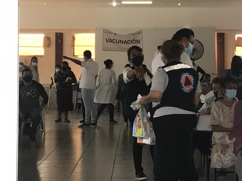 Este lunes y martes inicia primera vacunación en 23 municipios