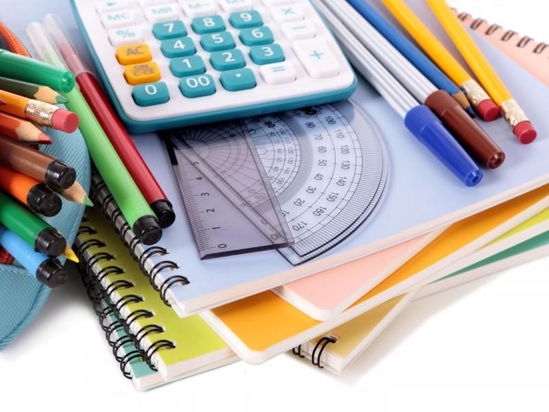 Este viernes podría definirse fecha de entrega de útiles escolares